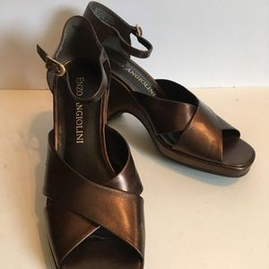 Enzo Angiolini shiny Brown bronze wedge sandal